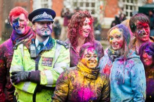 1364125062-holi--spring-festival-of-colour-in-london_1899918