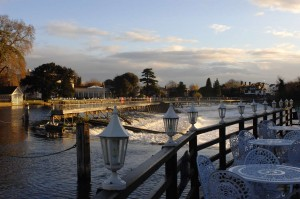 Compleat Angler - Marlow Weir from Bowaters terrace