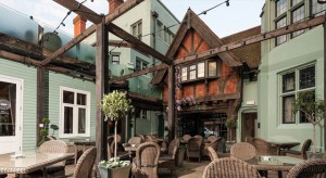Court-Yard-Hotel-du-Vin-Luxury-Hotel-Brighton-gay-wedding-East-Sussex