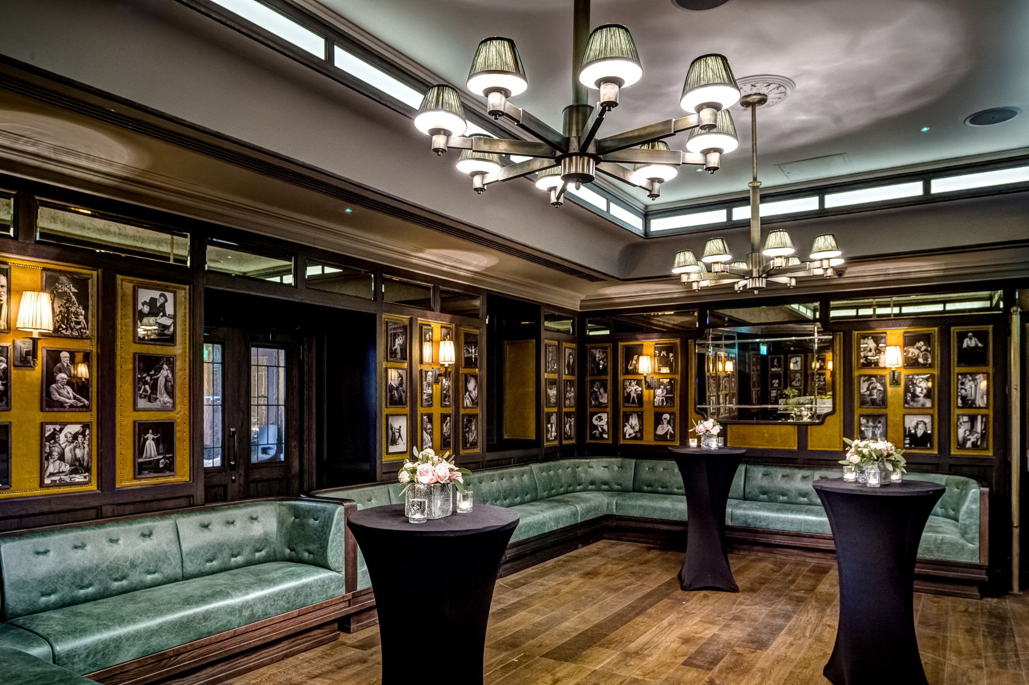 Book the ivy market grill private dining room for free for Best private dining rooms chelsea