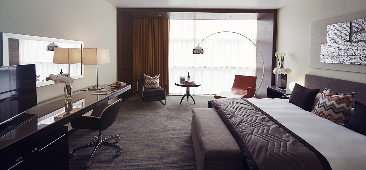 Book the lowry hotel for free with function fixers for Best private dining rooms manchester