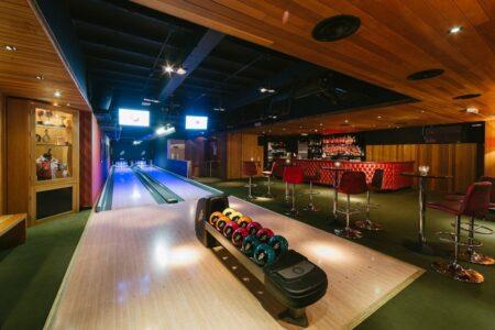 team building bowling