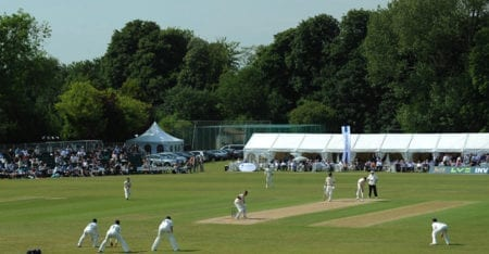 Cricket - LV= County Championship - Division One - Day Three - Surrey v Warwickshire - The Sports Ground