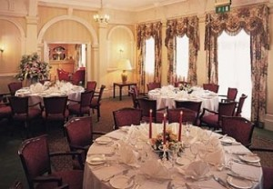 hotel-hendon-hall-restaurant.4