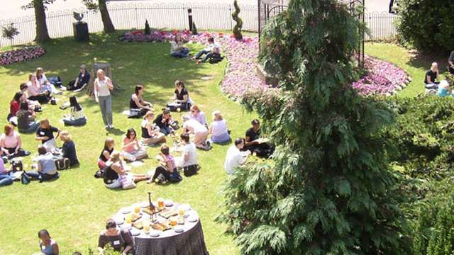 Summer party in the city function fixers for Garden room london zoo